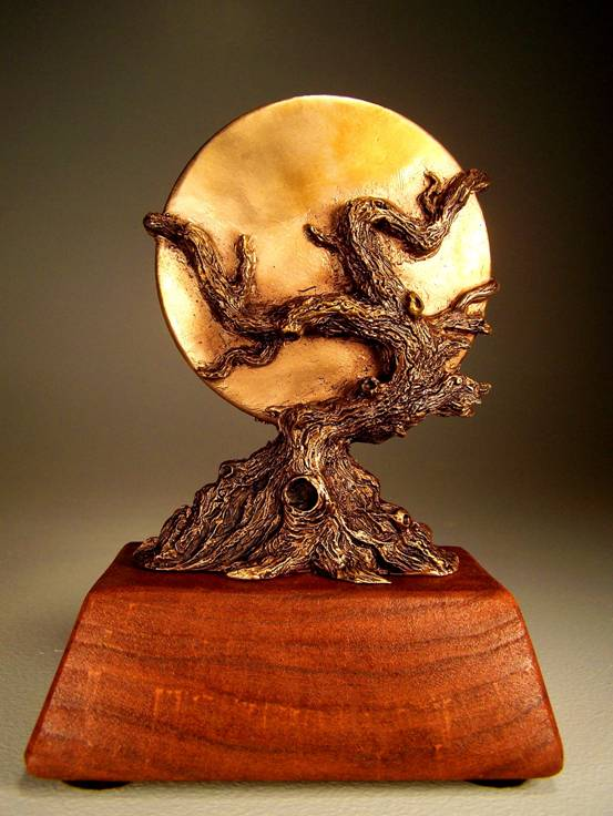World Fantasy Award designed by Vincent Villafranca